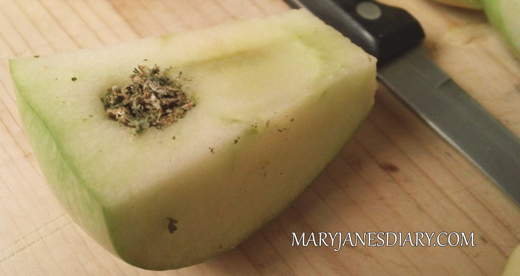 how to make a better apple pipe www.maryjanesdiary.com