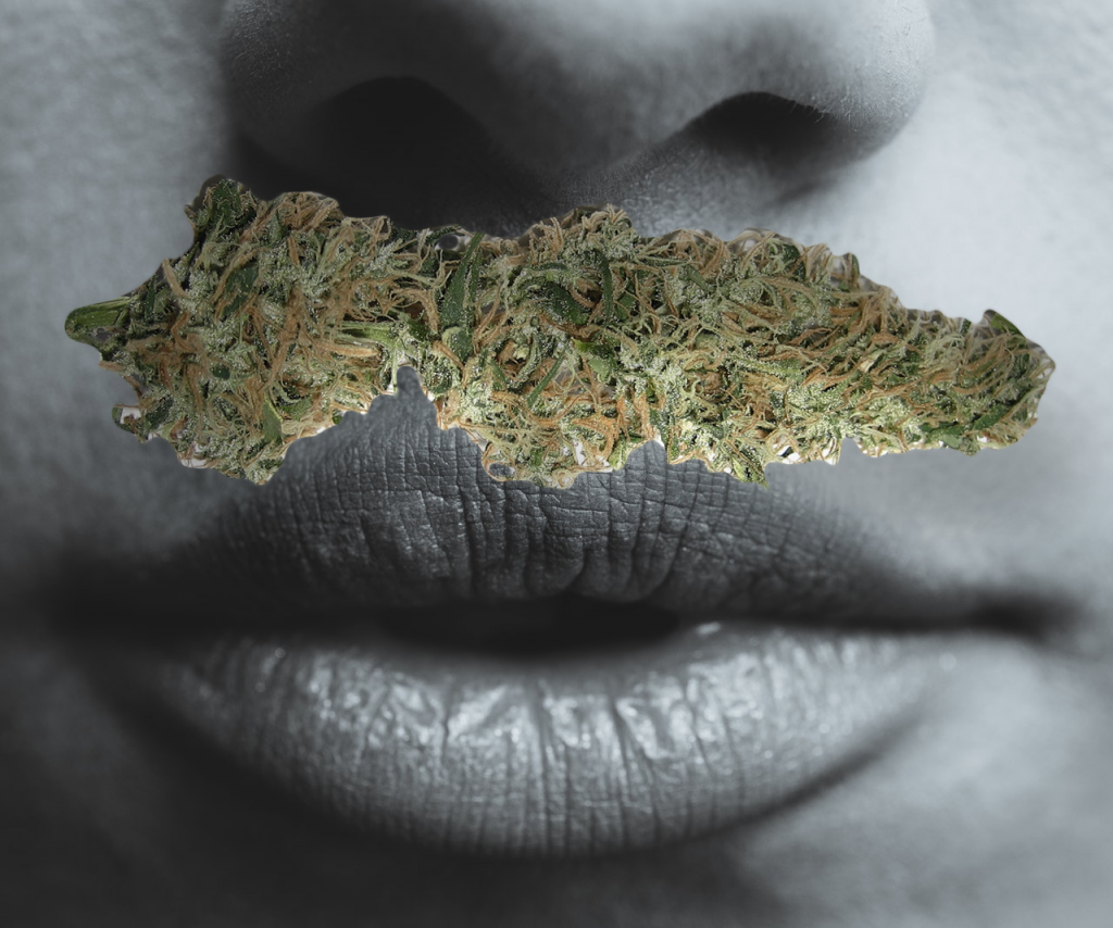 10 Tips on How to NOT Smell Like Weed